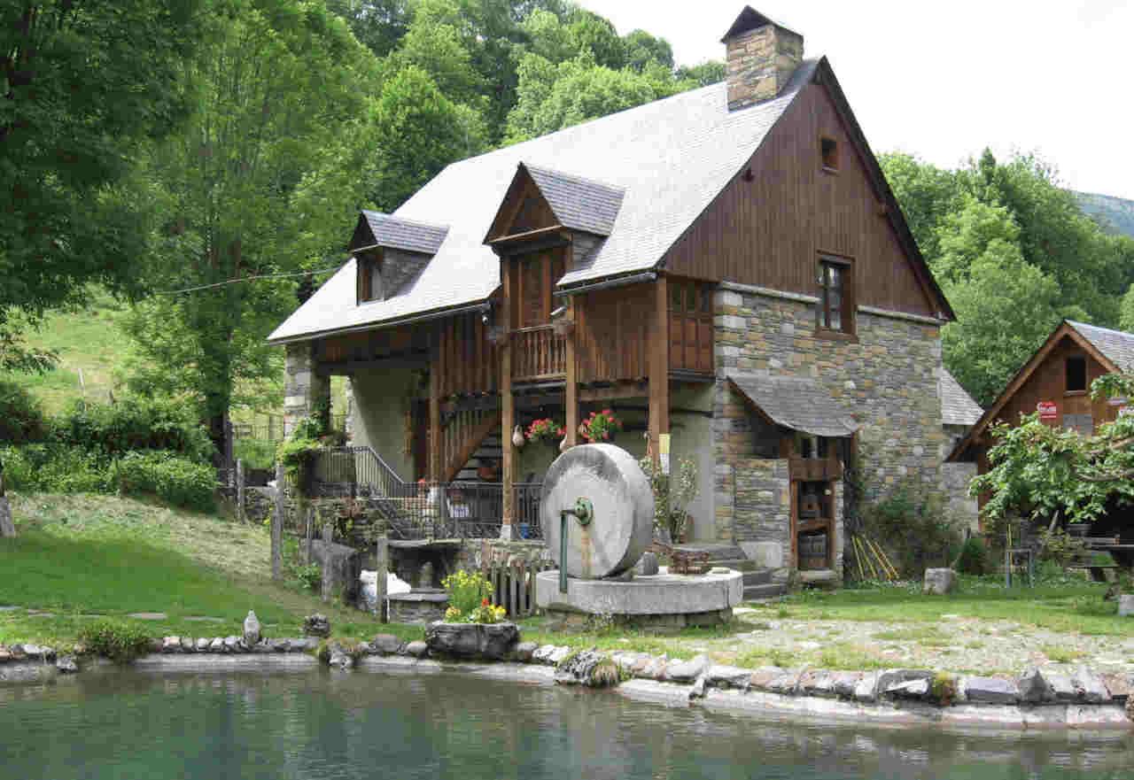 Moulin de Saoussas à Loudenvielle 65510