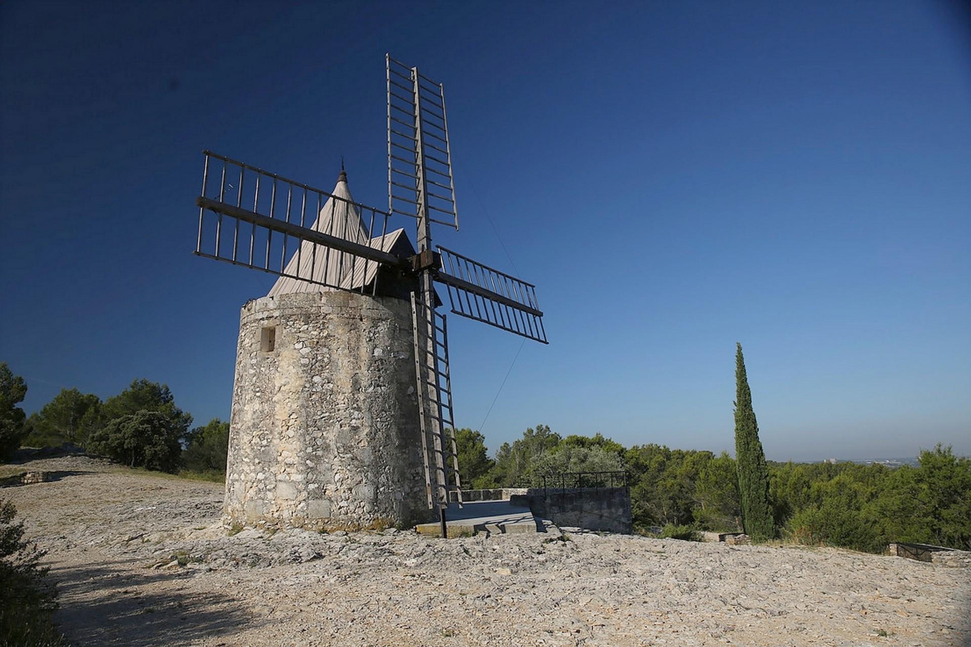 Le sentier des moulins d'Aphonse Daudet